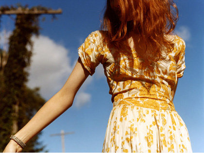 Tags: red hair, Yellow Dress