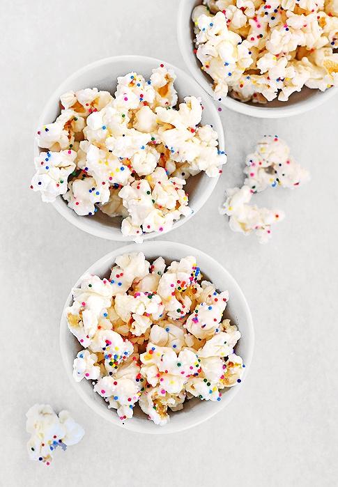 sprinkle popcorn